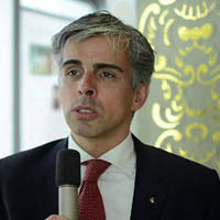 Professor Jens Dreier