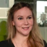 Angelika  Veith