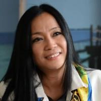 Lucienne Santayana