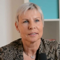 Ingrid Vogl