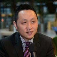 Linghong Xu