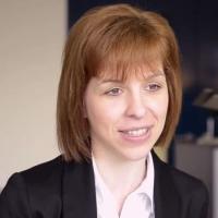 Eva Hundlinger