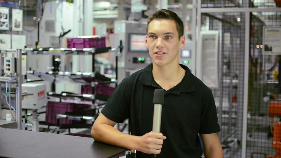 Dominik moser lehrling mechatronik bmw werk steyr
