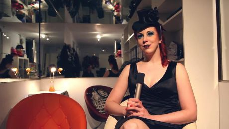 Eve Champagne Video Thumbnail